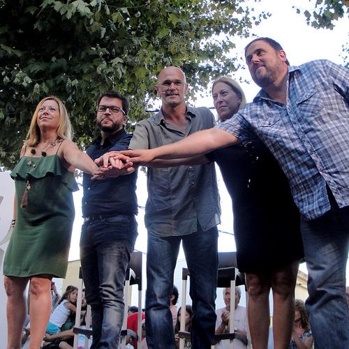 Masnou recibe la candidatura de Junts pel Sí en un acto con más de 1.300 personas