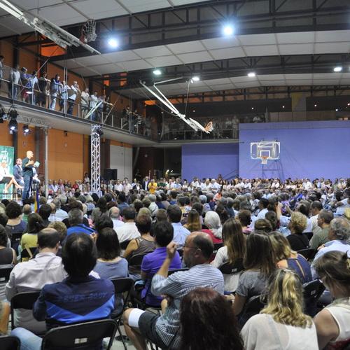 """Romeva asegura frente a 800 personas en Rubí que """"Europa pide garantías y democracia, no amenazas"""""""