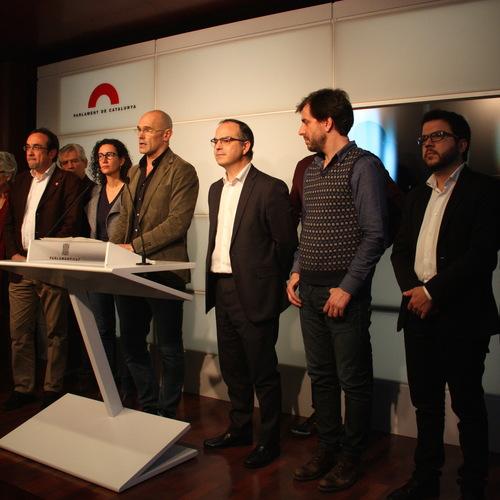 """Junts pel Sí presenta la """"Propuesta de acuerdo hacia la independencia"""""""