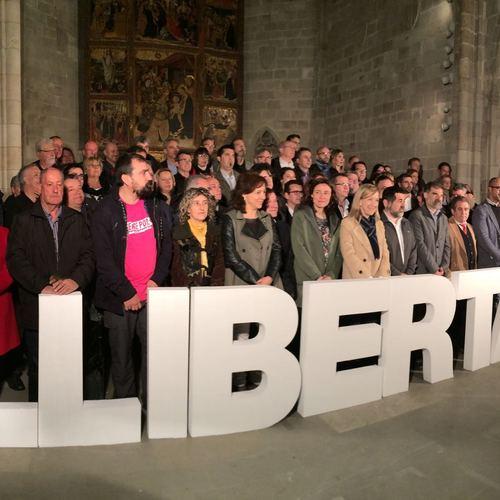Diputats de Junts pel Sí assisteixen a l'acte de suport als càrrecs electes investigats pel seu compromís amb el procés sobiranista