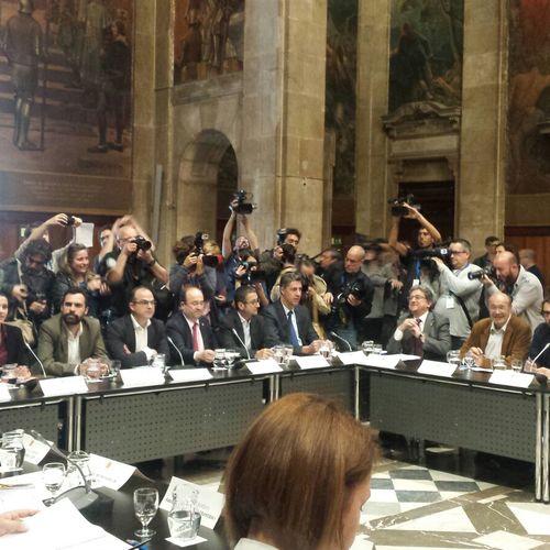 """Turull: """"Ponemos a disposición los 62 diputados de Junts Pel Sí para mantener vigentes los derechos sociales adquiridos en julio"""""""