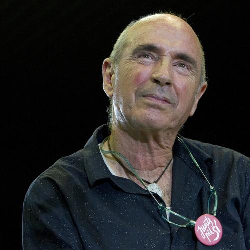 """Lluís Llach: """"La prohibición de las esteladas va contra la libertad de todos los ciudadanos"""""""