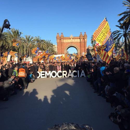 """Lluís Llach: """"Hoy también se juzga la calidad democrática del Estado español"""""""