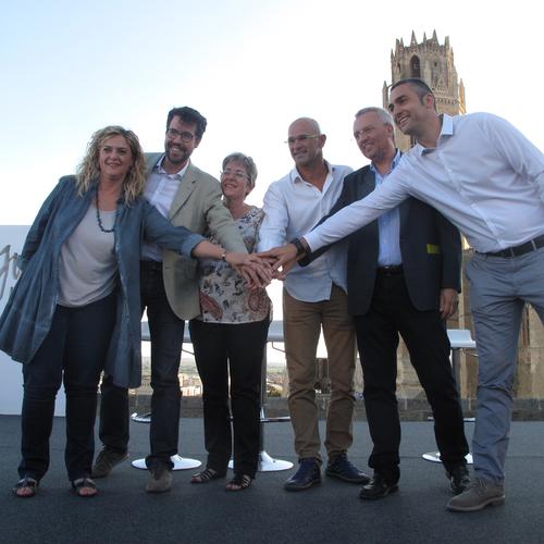 700 personas acuden a la llamada de Junts pel Sí en la Seu Vella de Lleida