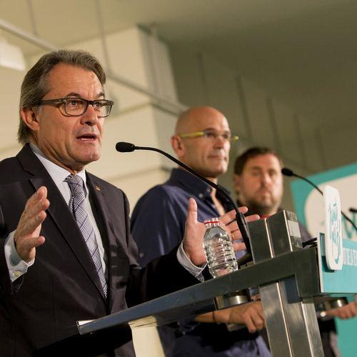 Romeva, Mas y Junqueras piden a la ciudadanía que no se deje asustar por la estrategia del miedo