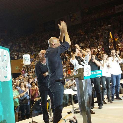 """Raül Romeva: """"Somos quienes queremos ser, nada más, con todos y contra nadie, pero queremos ser con todas las herramientas y, por eso, debemos votar el 27S"""""""