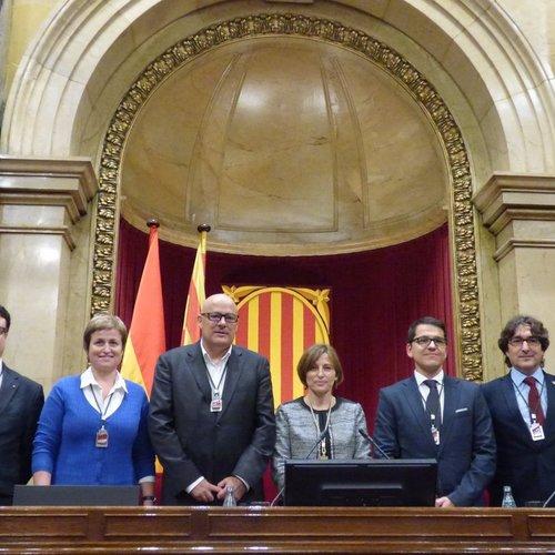 Forcadell: 'Siguem lleials a la ciutadania i al bé comú. Visca la democràcia, visca el poble sobirà i visca la República Catalana!'