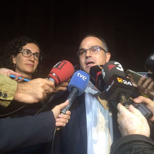 """JxSí apoya la presidenta Forcadell y afirma que estamos ante """"un ataque a las instituciones y la democracia"""""""