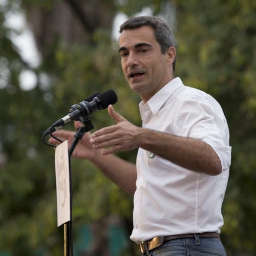 Junts pel Sí aconsegueix el suport del Parlament per exigir a l'Estat el soterrament de les vies del tren al seu pas per Sant Feliu de Llobregat