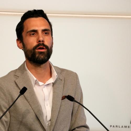 """Torrent: """"Somos partidarios de que se lleven a los tribunales a todos los cargos políticos del Estado que se niegan a comparecer en la comisión de la Operación Catalunya"""""""